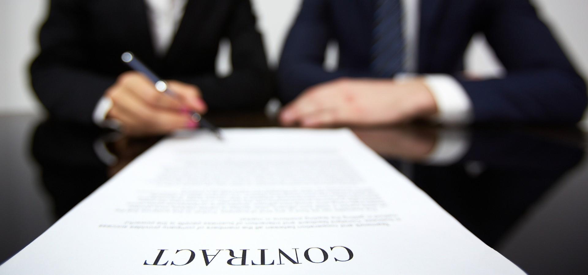 Come regolamentare la coppia di fatto con il contratto di convivenza